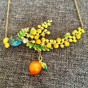Les Nereides Mimosa collection necklace.